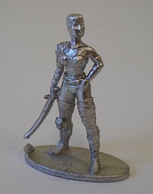 Figurka DrD - Bojovnice 1